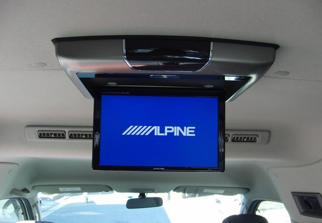車内テレビ